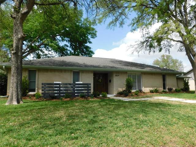 3829 Crown Shore Drive, Dallas, TX 75244 (MLS #14551201) :: Premier Properties Group of Keller Williams Realty