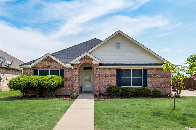 1806 Wood Duck Court, Midlothian, TX 76065 (MLS #14551247) :: The Chad Smith Team