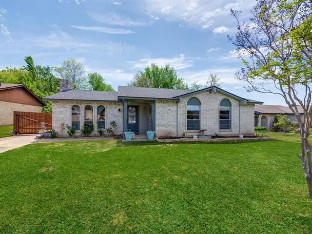 611 Bocowood Circle, Euless, TX 76039 (MLS #14551311) :: Bray Real Estate Group