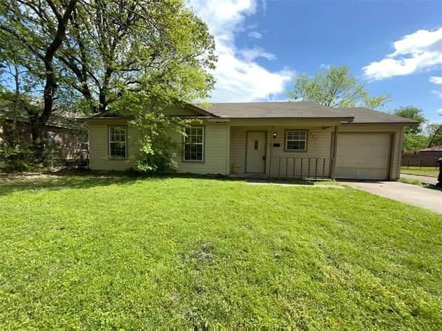 227 Monroe Street, Cleburne, TX 76033 (MLS #14551608) :: The Rhodes Team