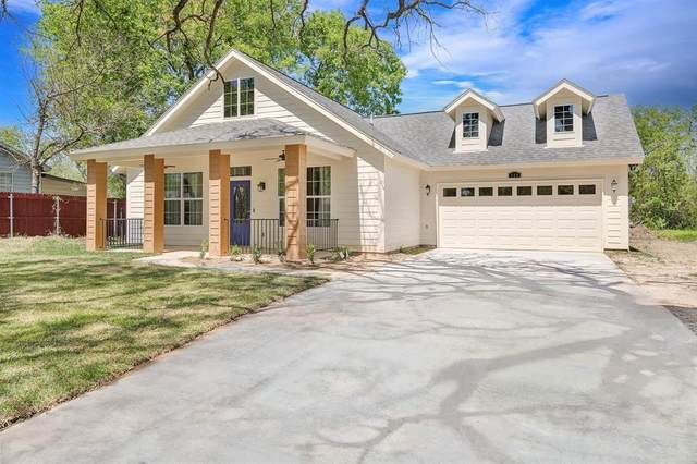 408 W Rochester, Terrell, TX 75160 (MLS #14551637) :: The Chad Smith Team