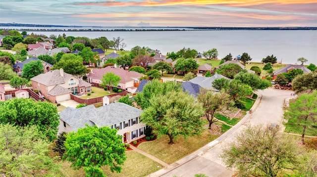 1835 Bayhill Drive, Rockwall, TX 75087 (MLS #14552005) :: Premier Properties Group of Keller Williams Realty