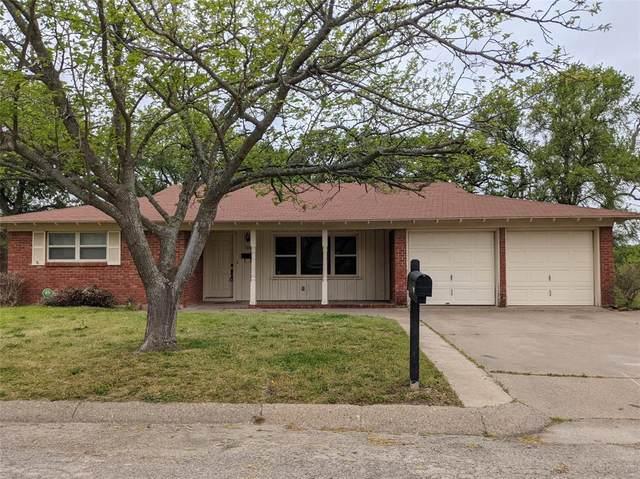 107 Oak Ridge Terrace, Weatherford, TX 76086 (MLS #14552213) :: The Hornburg Real Estate Group