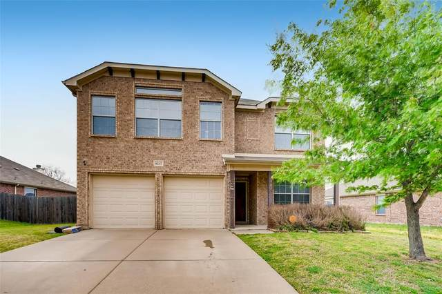 8217 Mossberg Drive, Arlington, TX 76002 (MLS #14552377) :: The Heyl Group at Keller Williams