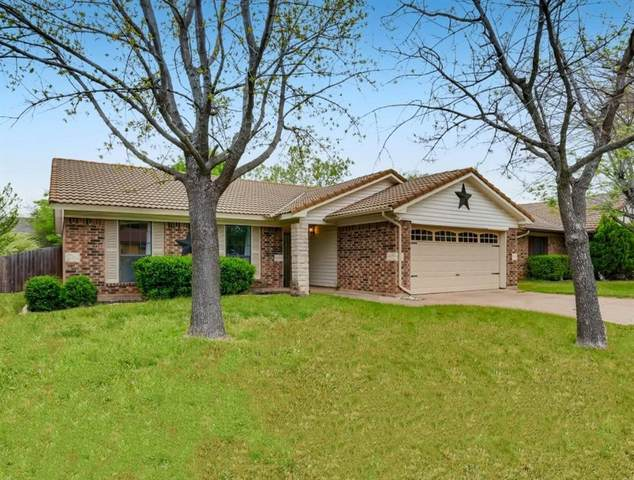 2904 Southpark Lane, Fort Worth, TX 76133 (MLS #14552424) :: Premier Properties Group of Keller Williams Realty