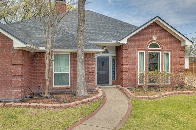 2315 Ox Bow Court, Arlington, TX 76006 (MLS #14552653) :: The Kimberly Davis Group