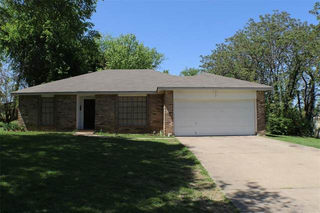 717 31st Street, Grand Prairie, TX 75050 (MLS #14552692) :: The Heyl Group at Keller Williams