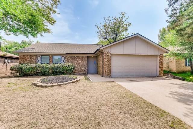 4104 Willow Springs Drive, Arlington, TX 76001 (MLS #14552712) :: RE/MAX Landmark