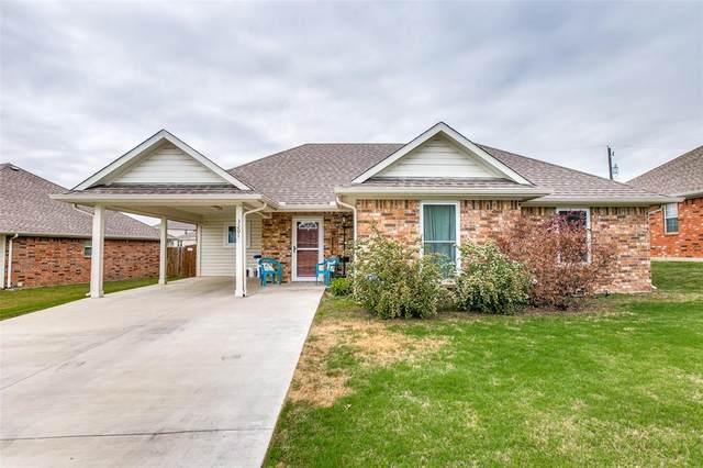3201 S Cardinal Street, Ennis, TX 75119 (MLS #14552833) :: Premier Properties Group of Keller Williams Realty