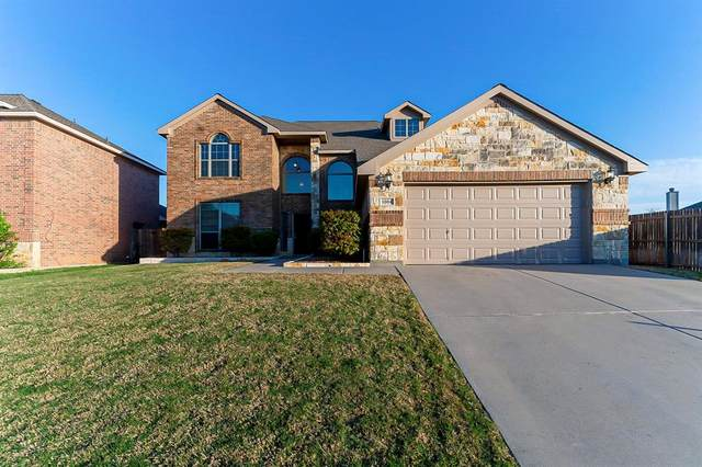 1504 White Willow Lane, Arlington, TX 76002 (MLS #14552916) :: The Heyl Group at Keller Williams