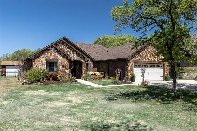 106 Cooper Court, Runaway Bay, TX 76426 (MLS #14553023) :: Team Hodnett