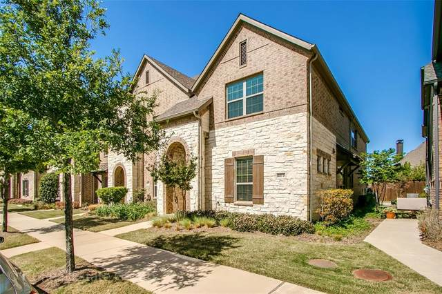 4683D Dozier Road, Carrollton, TX 75010 (#14553043) :: Homes By Lainie Real Estate Group