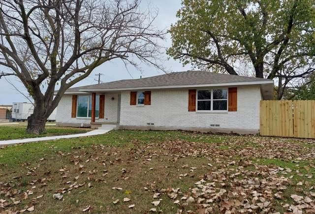 4306 Skyline Drive, Rowlett, TX 75088 (MLS #14553275) :: Trinity Premier Properties
