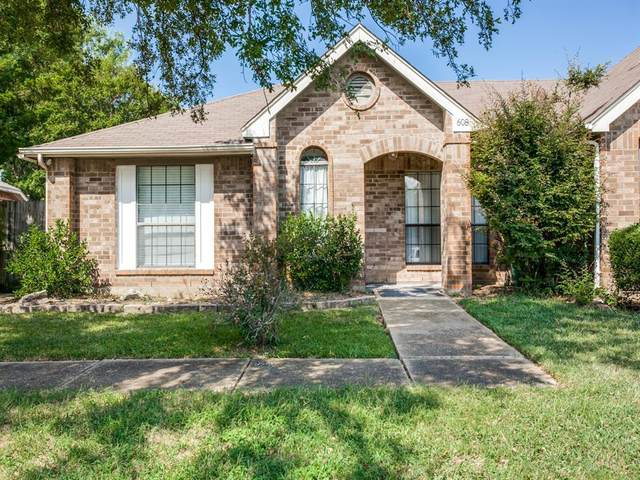 608 Thorton Court, Cedar Hill, TX 75104 (MLS #14553333) :: RE/MAX Pinnacle Group REALTORS