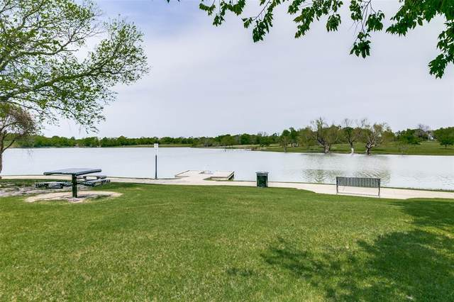 1543 Great Lakes Court, Rockwall, TX 75087 (MLS #14553386) :: Premier Properties Group of Keller Williams Realty