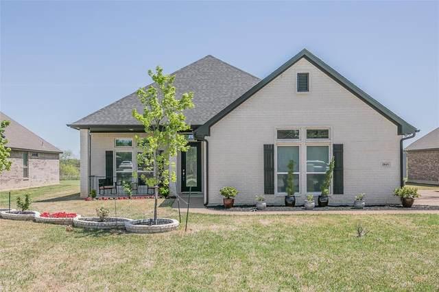 2045 Carlisle Drive, Crowley, TX 76036 (MLS #14553410) :: The Mitchell Group