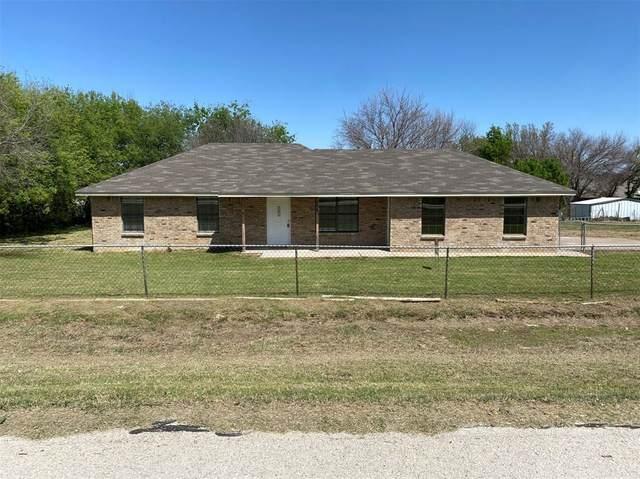 6146 Hawkeye Road, Krum, TX 76249 (MLS #14553424) :: The Mauelshagen Group