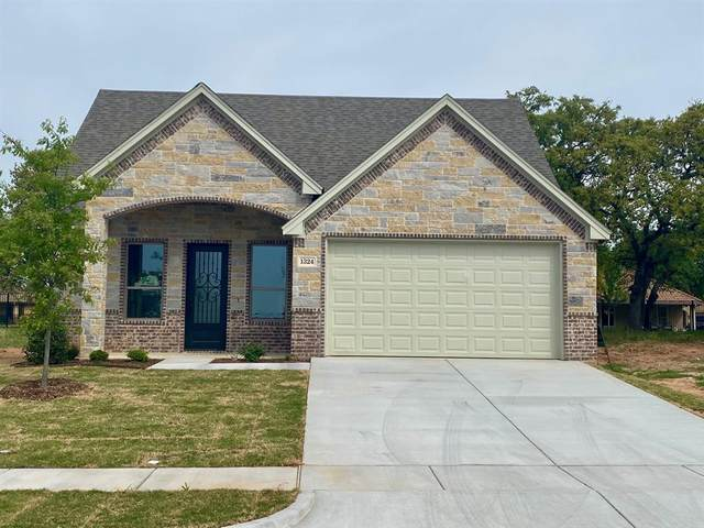 1324 Highland Park Circle, Granbury, TX 76048 (MLS #14553605) :: Team Hodnett