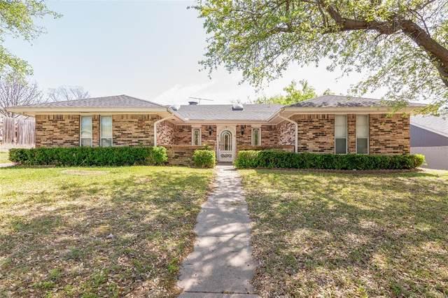 1818 W Terrace Drive, Grand Prairie, TX 75050 (MLS #14553728) :: RE/MAX Landmark