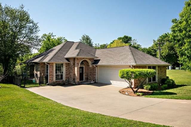 17488 Country Club Drive, Kemp, TX 75143 (MLS #14553856) :: The Chad Smith Team