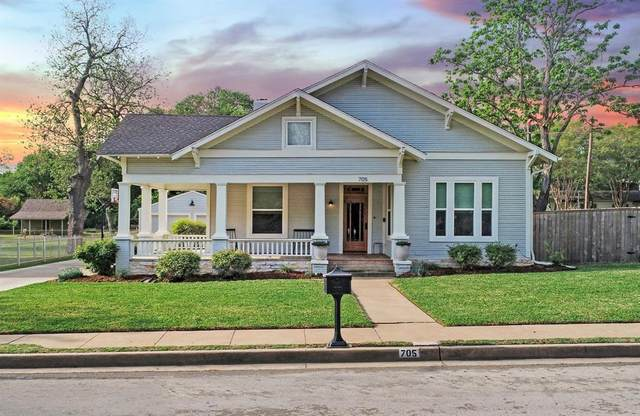 705 W Spring Street, Weatherford, TX 76086 (MLS #14554117) :: Lisa Birdsong Group | Compass