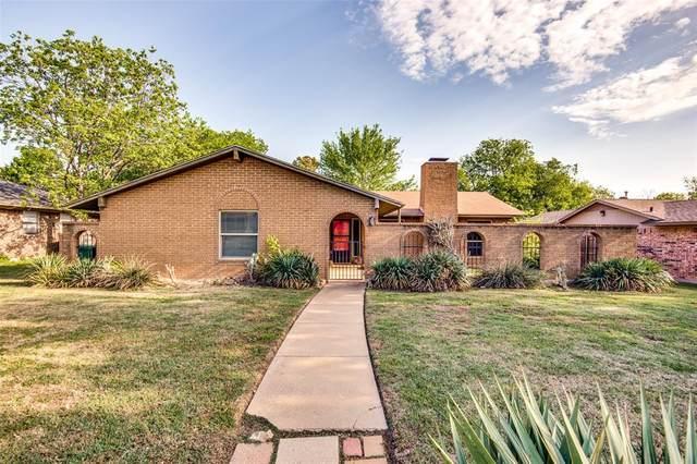 1420 Auburn Drive, Denton, TX 76201 (MLS #14554265) :: The Mauelshagen Group