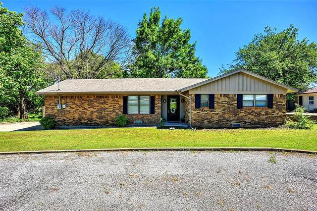 3600 W Houston Street, Sherman, TX 75092 (#14554298) :: Homes By Lainie Real Estate Group