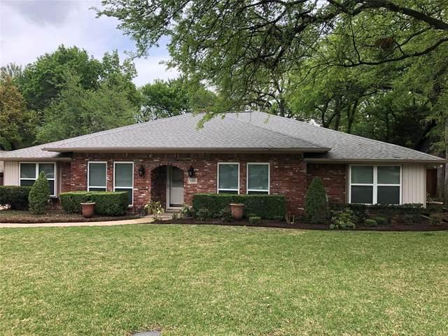 1014 Wayland Drive, Arlington, TX 76012 (MLS #14554375) :: Craig Properties Group