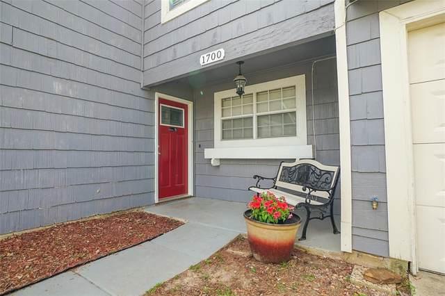 1700 Scottsdale Drive, Arlington, TX 76018 (MLS #14554394) :: Craig Properties Group