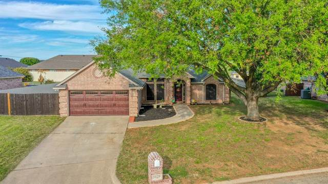 1029 Calinco Drive, Granbury, TX 76048 (MLS #14554438) :: Frankie Arthur Real Estate