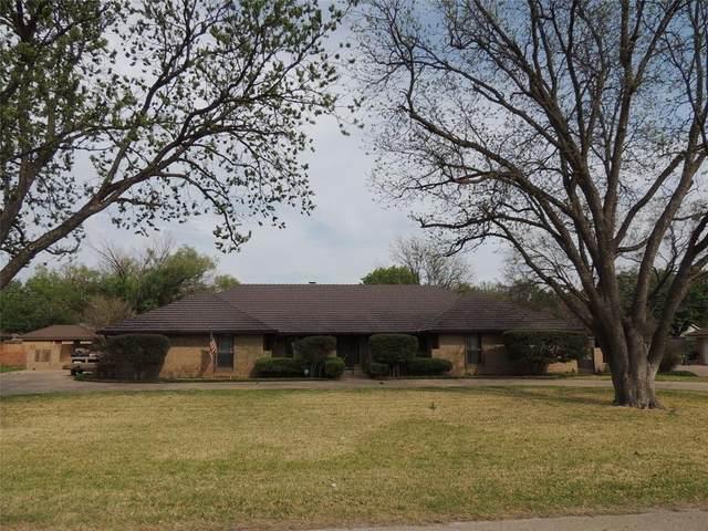 2425 Shoreline Drive, Abilene, TX 79602 (MLS #14554749) :: Hargrove Realty Group