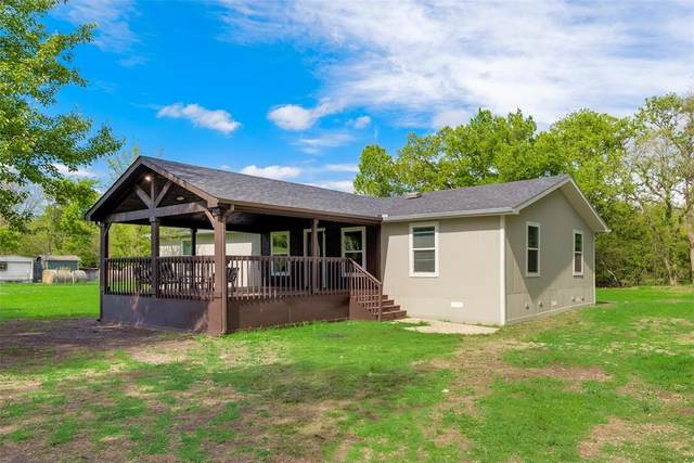 3774 NW Hwy 11, Leonard, TX 75452 (#14554822) :: Homes By Lainie Real Estate Group