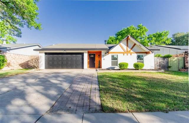 410 Parkvale Lane, Grand Prairie, TX 75052 (MLS #14554834) :: RE/MAX Pinnacle Group REALTORS