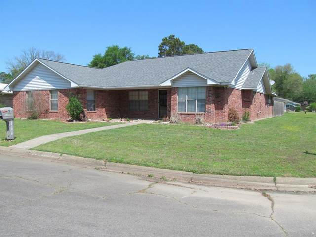 701 Meadow Drive, Winnsboro, TX 75494 (#14555110) :: Homes By Lainie Real Estate Group