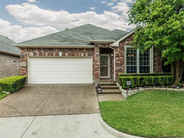 809 Bridle Drive, Euless, TX 76039 (MLS #14555164) :: Results Property Group