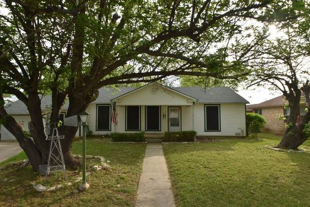 1221 N Neblett Street, Stephenville, TX 76401 (MLS #14555235) :: The Chad Smith Team