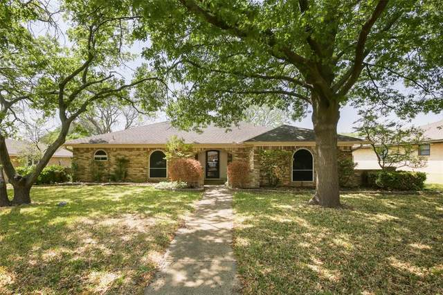 303 Genoa Drive, Duncanville, TX 75116 (MLS #14555428) :: Real Estate By Design