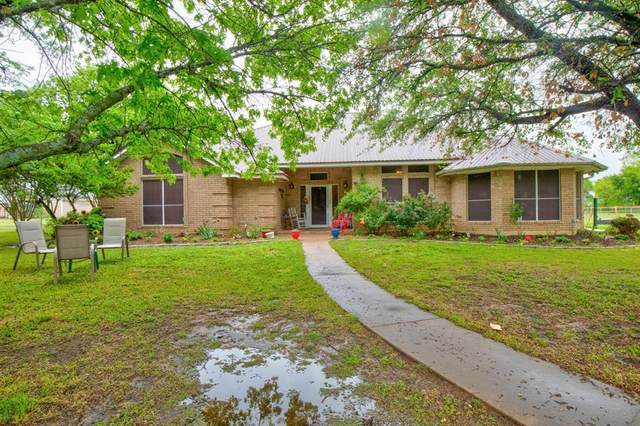 5501 S Highway 171, Cleburne, TX 76031 (MLS #14555611) :: The Kimberly Davis Group