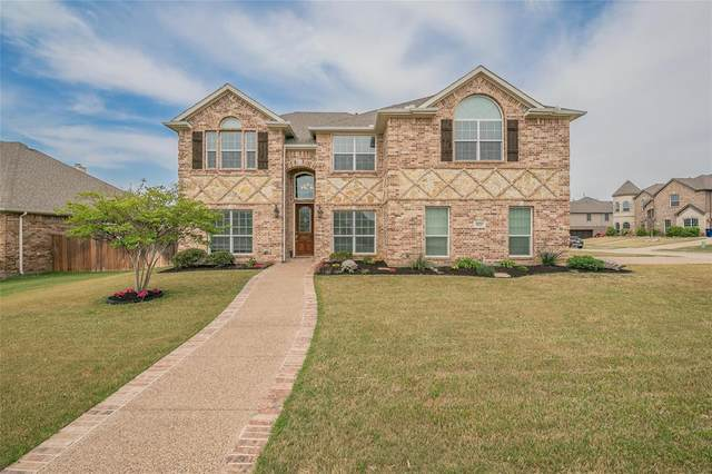 1021 Bell Oak Drive, Kennedale, TX 76060 (MLS #14555982) :: The Chad Smith Team