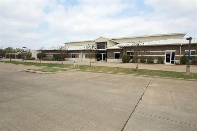 2698 N Galloway Avenue, Mesquite, TX 75150 (MLS #14556121) :: Robbins Real Estate Group