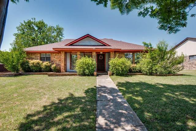 800 Filmore Drive, Plano, TX 75025 (MLS #14556323) :: The Rhodes Team