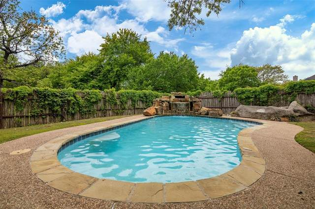 102 E Ridge Street, Decatur, TX 76234 (#14556348) :: Homes By Lainie Real Estate Group