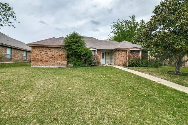 2413 Doral, Mesquite, TX 75150 (MLS #14556395) :: Lisa Birdsong Group | Compass