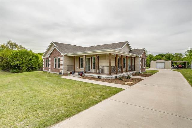 4411 Chisholm Trail, Crowley, TX 76036 (MLS #14556621) :: The Mitchell Group