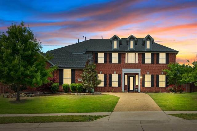 251 Chapel Hill Drive, Prosper, TX 75078 (MLS #14556623) :: The Mauelshagen Group