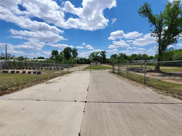 2625 W Hunter Ferrell, Grand Prairie, TX 75050 (MLS #14556685) :: The Rhodes Team