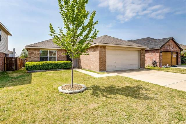 9837 Sparrow Hawk Lane, Fort Worth, TX 76108 (MLS #14556735) :: The Chad Smith Team