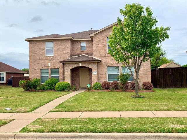 1307 White Oak, Cedar Hill, TX 75104 (MLS #14556794) :: Team Hodnett