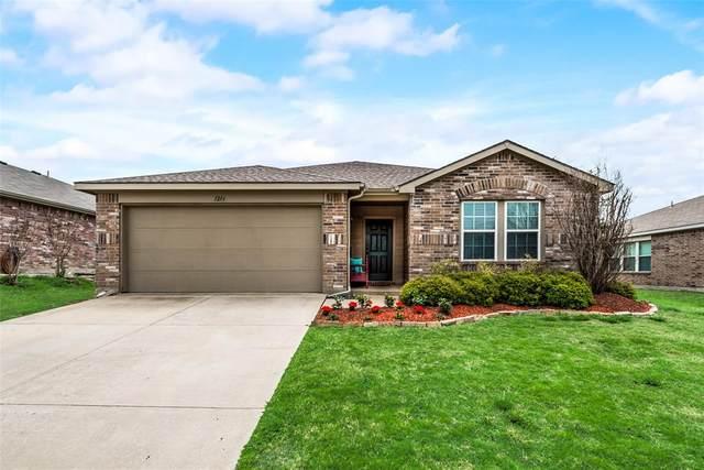 1214 Eagles Nest Trail, Krum, TX 76249 (MLS #14556844) :: Trinity Premier Properties