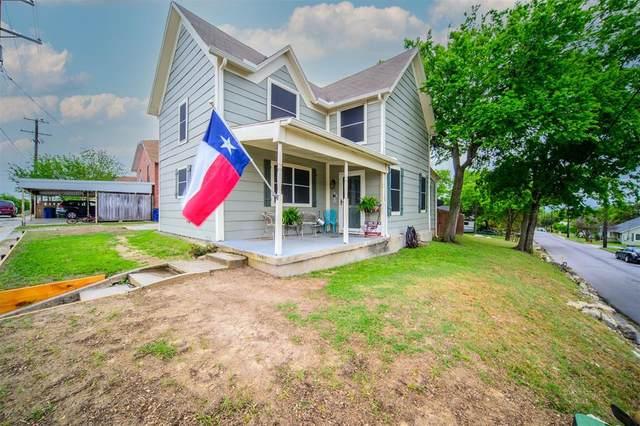 300 E Shoemaker Street, Decatur, TX 76234 (MLS #14556937) :: The Mauelshagen Group